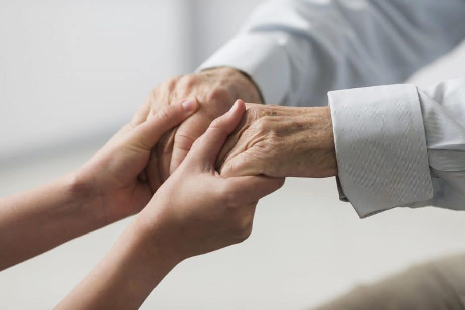 How to find a good caregiver for elderly?